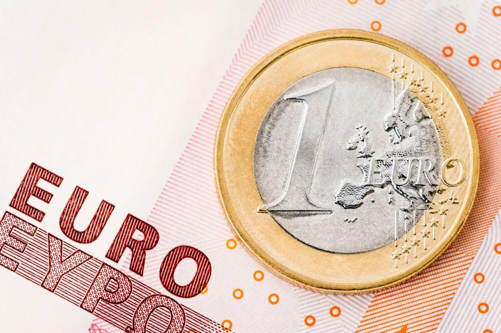 Sākums eiro zonas monetārās politikas normalizācijai