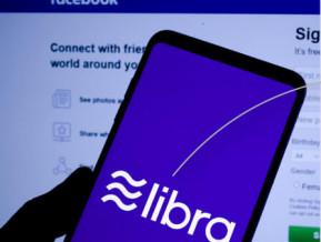 """Facebook """"nauda"""" – jaunas iespējas vai potenciāls apdraudējums?"""