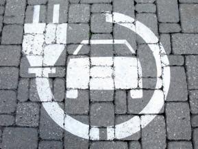 Zaļā kursa stiprināšana Latvijā: cik daudz gaidīt no elektromobilitātes?
