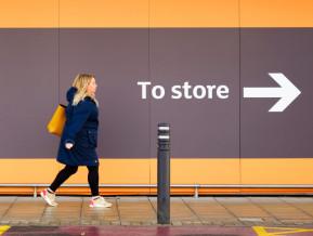 Kāpēc Lielbritānijā dažas preces ir lētākas nekā Latvijā?